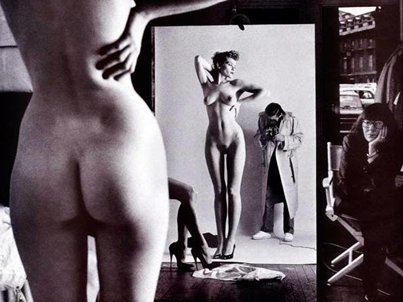 Autorretrato con esposa y modelos (Helmunt Newton, 1981)
